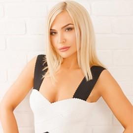 Hot lady Anna, 37 yrs.old from Kiev, Ukraine