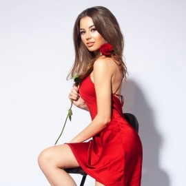Charming girlfriend Alina, 22 yrs.old from Saint Petersburg, Russia