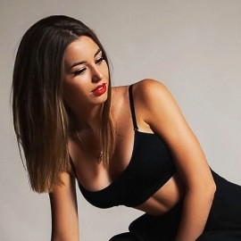 Nice mail order bride Alina, 22 yrs.old from Saint Petersburg, Russia