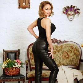 Sexy girl Elena, 36 yrs.old from Odessa, Ukraine