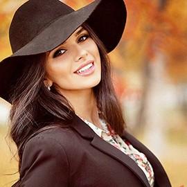 Single bride Olesya, 29 yrs.old from Kishinev, Moldova
