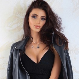 Gorgeous lady Yuliya, 37 yrs.old from Kiev, Ukraine