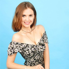 Charming wife Alina, 29 yrs.old from Sumy, Ukraine