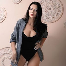 Pretty mail order bride Daria, 33 yrs.old from Kharkiv, Ukraine