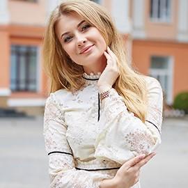 Nice mail order bride Juliya, 26 yrs.old from Melitopol, Ukraine