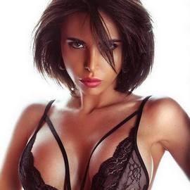 Single girlfriend Ekaterina, 29 yrs.old from St. Petersburg, Russia
