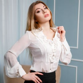 Charming wife Anna, 21 yrs.old from Kropivnitsky, Ukraine