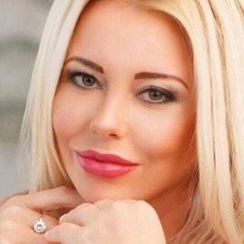 Gorgeous wife Ludmila, 45 yrs.old from Kiev, Ukraine