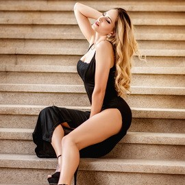 Gorgeous mail order bride Alexandra, 25 yrs.old from Dnipro, Ukraine