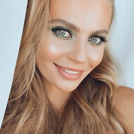 Charming miss Julia, 27 yrs.old from Ekaterinburg, Russia