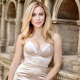 Beautiful bride Oxana, 40 yrs.old from Kharkov, Ukraine