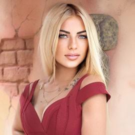 Hot lady Alina, 26 yrs.old from Kharkov, Ukraine
