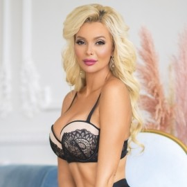 Charming mail order bride Tatiana, 37 yrs.old from Novosibirsk, Russia