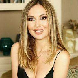 Charming wife Anna, 34 yrs.old from Kiev, Ukraine