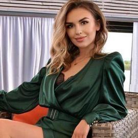 Gorgeous lady Anna, 34 yrs.old from Kiev, Ukraine