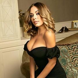 Amazing lady Karina, 25 yrs.old from Kiev, Ukraine