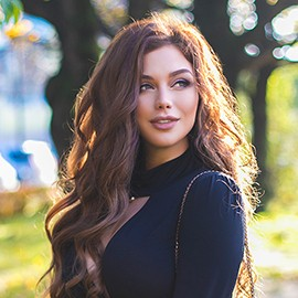 Amazing bride Elena, 31 yrs.old from St. Petersburg, Russia
