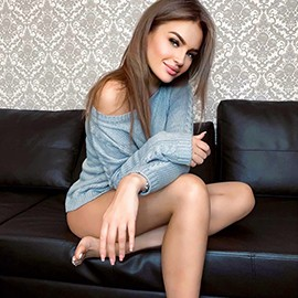 Charming bride Elena, 30 yrs.old from Saint Petersburg, Russia