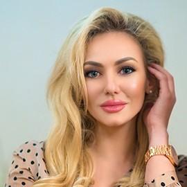 Sexy wife Anastasiya, 33 yrs.old from Simferopol, Russia