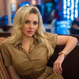Amazing lady Anastasiya, 33 yrs.old from Simferopol, Russia