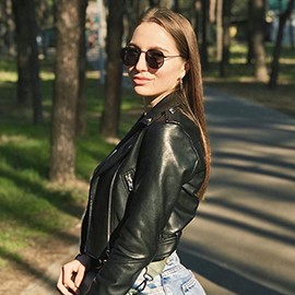 Hot girlfriend Alisa, 22 yrs.old from Gorishnie Plavni, Ukraine