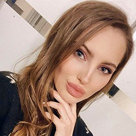 Single miss Alisa, 22 yrs.old from Gorishnie Plavni, Ukraine